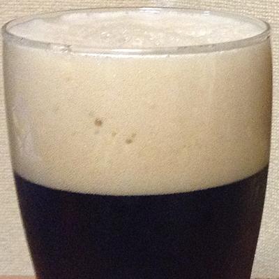 シュレンケルラ 「ラオホビール メルツェン」の泡