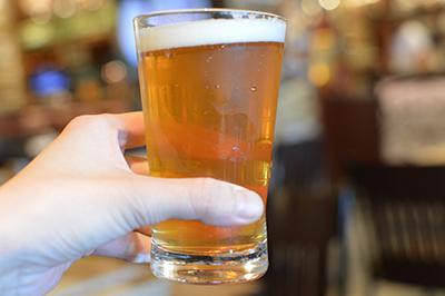 世界のビール博物館で注文したビール「イギリス クロプトンエンデバー 250ml」