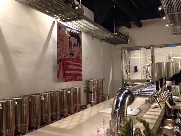 Marca Cafe & Beer Factory の店内