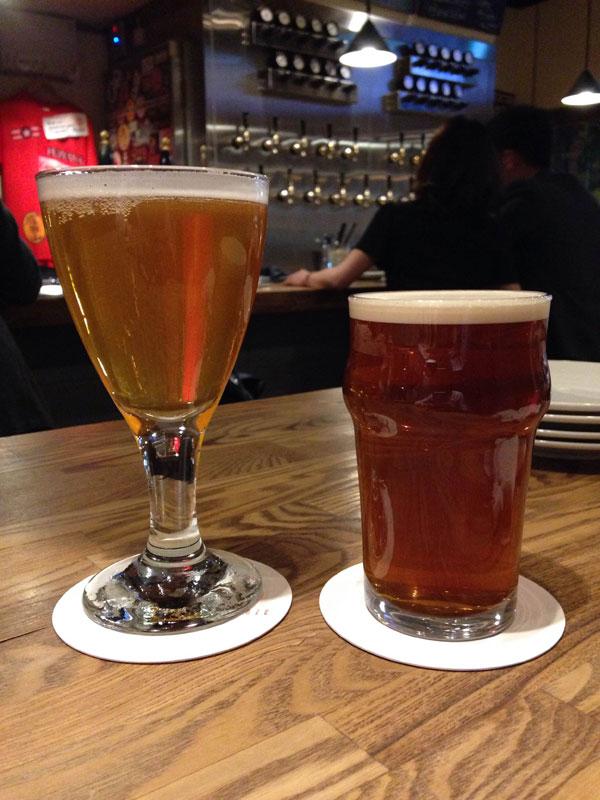 Kamikazeで一杯目のビールを注文