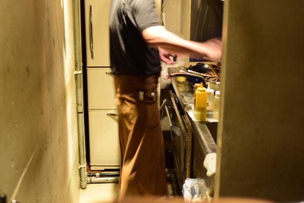 「麦酒屋るぷりん」厨房
